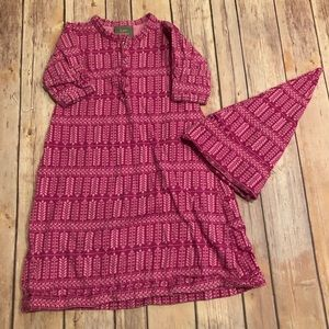 Kate Quinn magenta nightgown and hat
